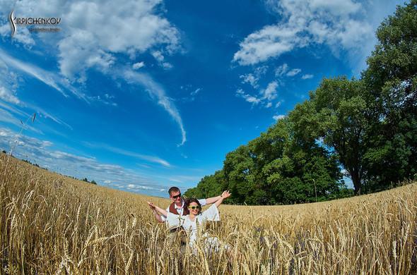 Свадебные фото в Сухолучье, Киевское море и сьемка в поле  - фото №15