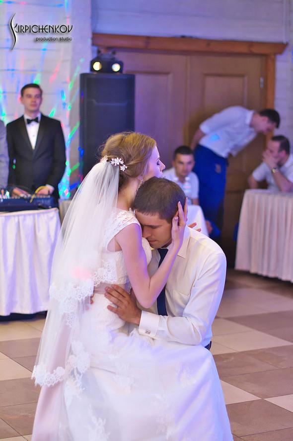 Свадебные фото в каньоне Буки и выездная церемония в ресторане Фортеця - фото №86