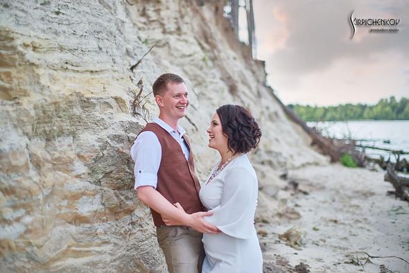 Свадебные фото в Сухолучье, Киевское море и сьемка в поле  - фото №11
