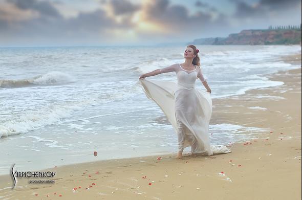 Свадебные фото на море в Одессе, фото в Оперном театре и на маковом поле - фото №72
