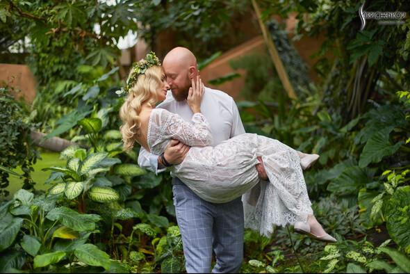 Свадебные фото в Оранжерее в Киеве, студийная сьемка в фотостудии Счастье - фото №9