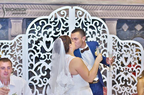 Свадебные фото на Мануфактуре и выездная церемония в ресторане Kidev - фото №93