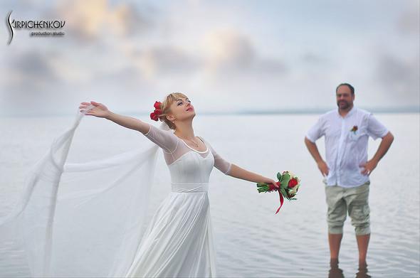 Свадебные фото на море в Одессе, фото в Оперном театре и на маковом поле - фото №30