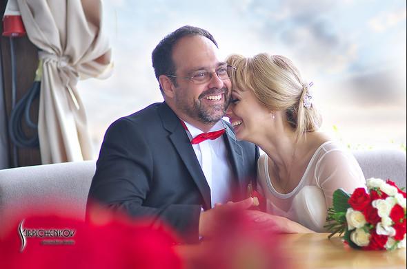Свадебные фото на море в Одессе, фото в Оперном театре и на маковом поле - фото №19