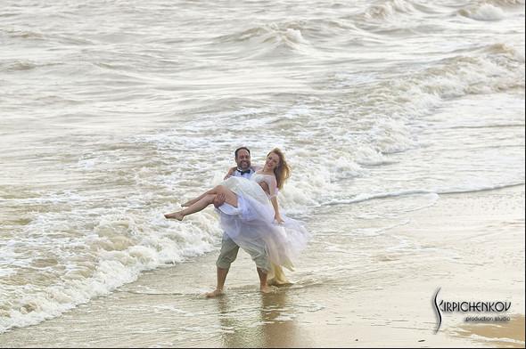 Свадебные фото на море в Одессе, фото в Оперном театре и на маковом поле - фото №71