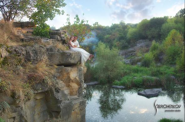Свадебные фото в каньоне Буки и выездная церемония в ресторане Фортеця - фото №47