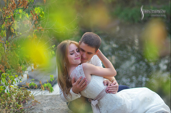 Свадебные фото в каньоне Буки и выездная церемония в ресторане Фортеця - фото №50