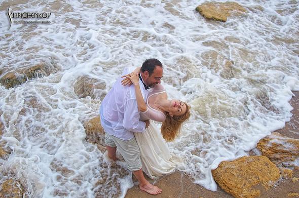 Свадебные фото на море в Одессе, фото в Оперном театре и на маковом поле - фото №65