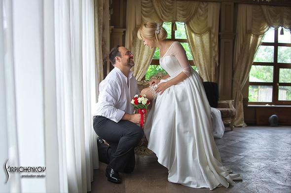 Свадебные фото на море в Одессе, фото в Оперном театре и на маковом поле - фото №10