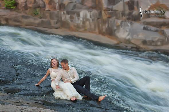 Свадебные фото в каньоне Буки и выездная церемония в ресторане Фортеця - фото №56