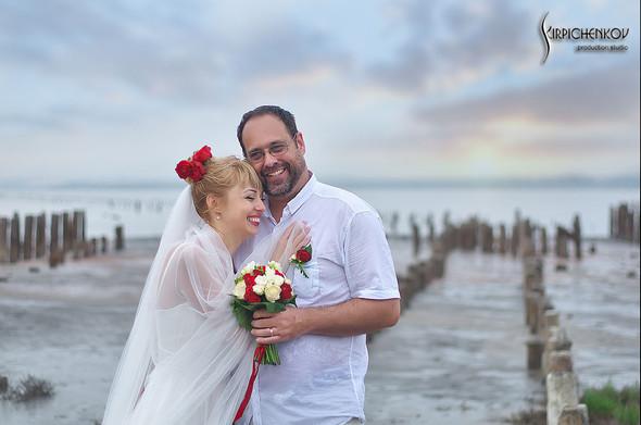 Свадебные фото на море в Одессе, фото в Оперном театре и на маковом поле - фото №31