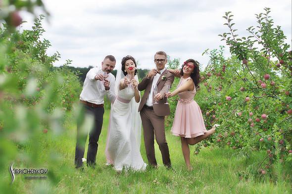 Свадебные фото в яблочном саду, г. Чернигов - фото №30