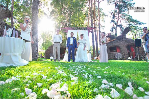Свадебные фото на Мануфактуре и выездная церемония в ресторане Kidev - фото №75