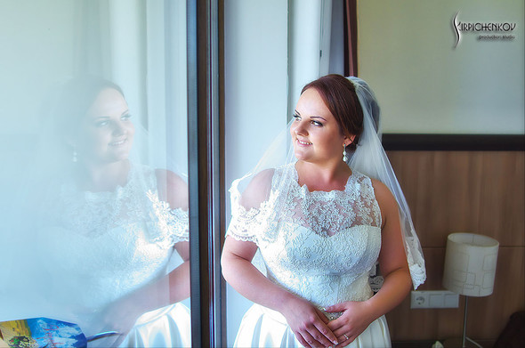 Свадебные фото на Мануфактуре и выездная церемония в ресторане Kidev - фото №21