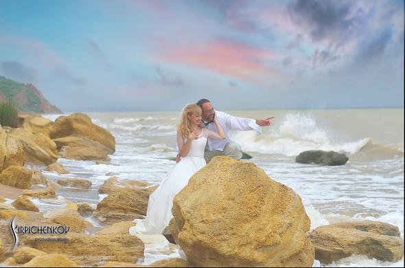 Свадебные фото на море в Одессе, фото в Оперном театре и на маковом поле - фото №59