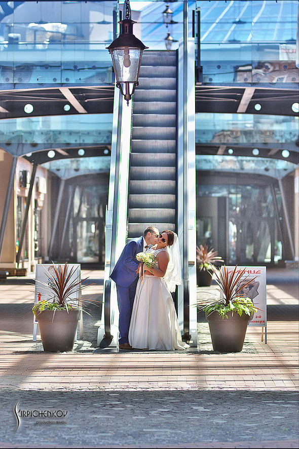 Свадебные фото на Мануфактуре и выездная церемония в ресторане Kidev - фото №46