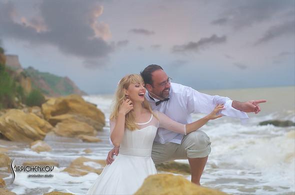 Свадебные фото на море в Одессе, фото в Оперном театре и на маковом поле - фото №60