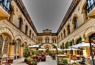 Кафе Бернардацци. Итальянский дворик - фото 1