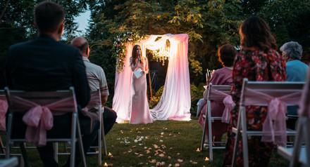 Скидка 20% на вечернюю свадебную церемонию в свадебном сезоне 2018