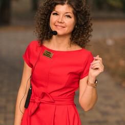 Татьяна  Праздничная - ведущий в Кременчуге - фото 1
