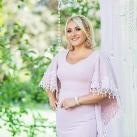 Катя Красникова