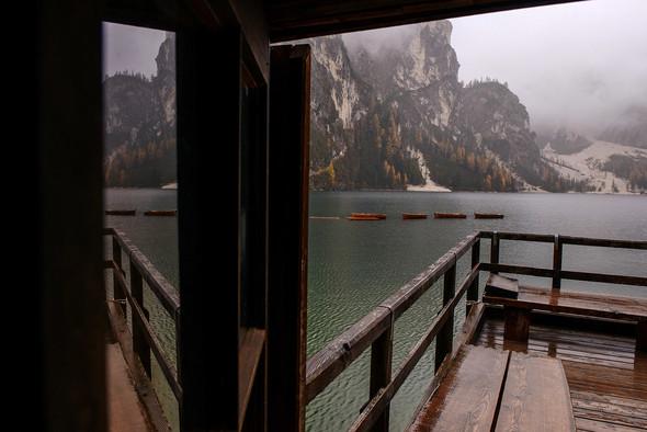Thaddaeus & Lisa. Lago di Braies. Italy - фото №14