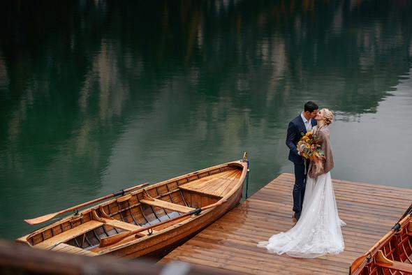 Thaddaeus & Lisa. Lago di Braies. Italy - фото №25