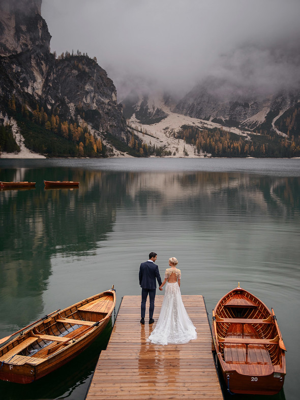 Thaddaeus & Lisa. Lago di Braies. Italy - фото №26