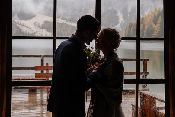Thaddaeus & Lisa. Lago di Braies. Italy - фото №13
