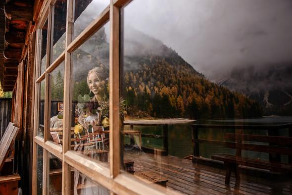 Thaddaeus & Lisa. Lago di Braies. Italy - фото №7