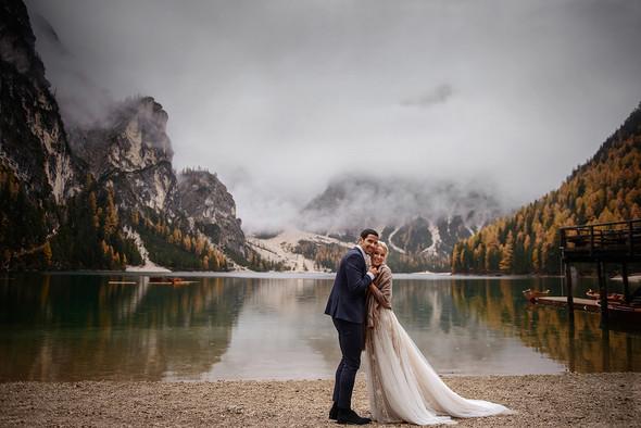 Thaddaeus & Lisa. Lago di Braies. Italy - фото №34