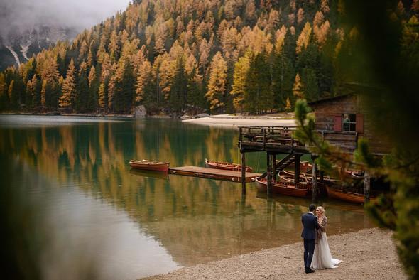 Thaddaeus & Lisa. Lago di Braies. Italy - фото №33