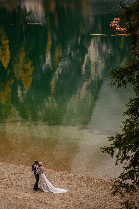 Thaddaeus & Lisa. Lago di Braies. Italy - фото №31