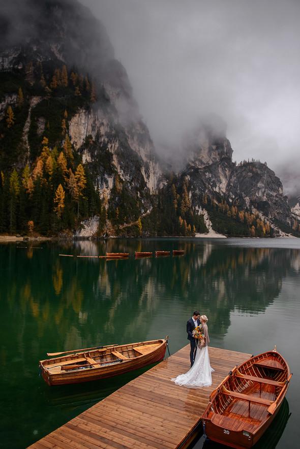 Thaddaeus & Lisa. Lago di Braies. Italy - фото №28
