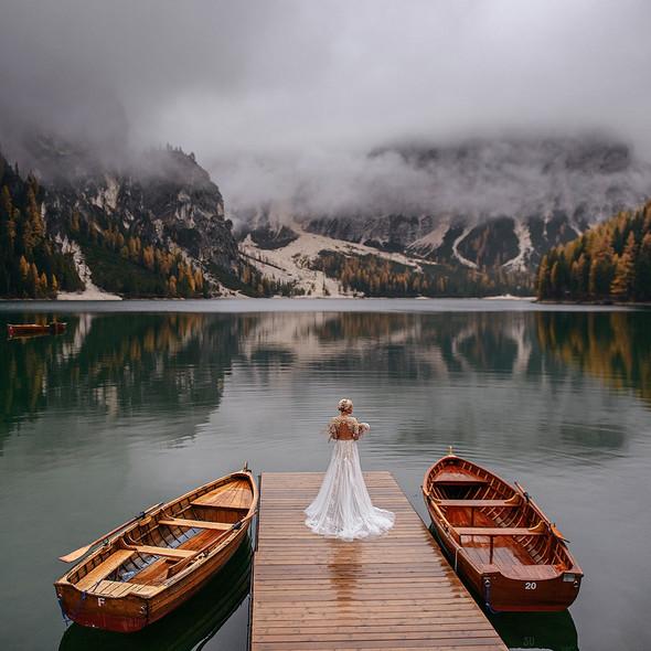 Thaddaeus & Lisa. Lago di Braies. Italy - фото №1