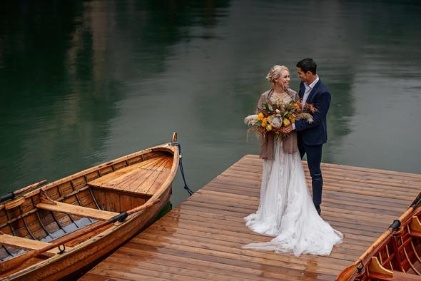 Thaddaeus & Lisa. Lago di Braies. Italy - фото №23