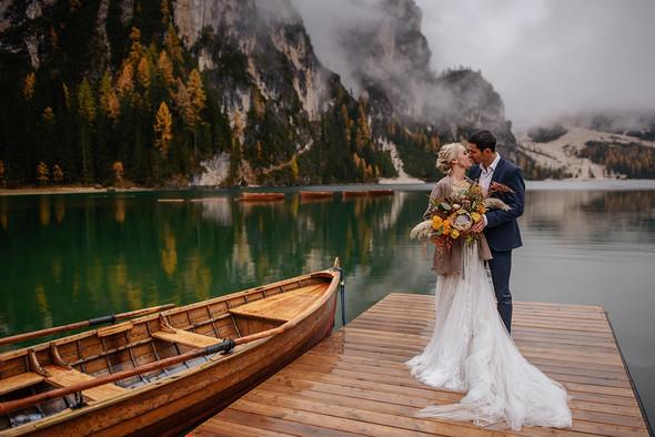 Thaddaeus & Lisa. Lago di Braies. Italy - фото №29