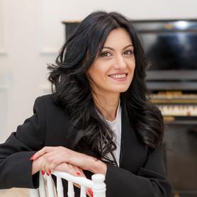 Анжелика Галустян