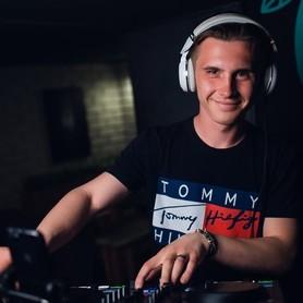 Музыканты, DJ Maks Volk