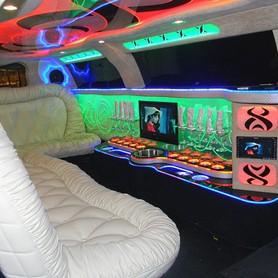 ЛИМУЗИН CHRYSLER С 300 (PREMIUM) - авто на свадьбу в Киеве - портфолио 5