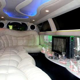 ЛИМУЗИН CHRYSLER С 300 (EXCLUSIVE) - авто на свадьбу в Киеве - портфолио 5