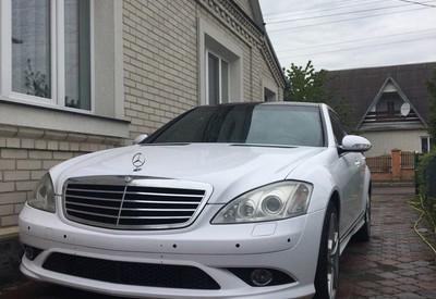 Рома оренда авто на весілля - фото 1