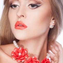 Юлия Нештенко - фото 1