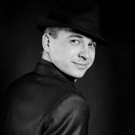 Андрей Негрий