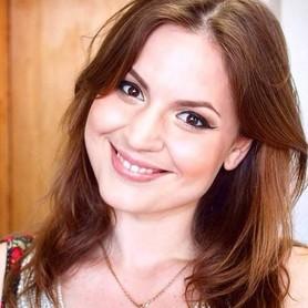 Вокалистка Диана Томенко