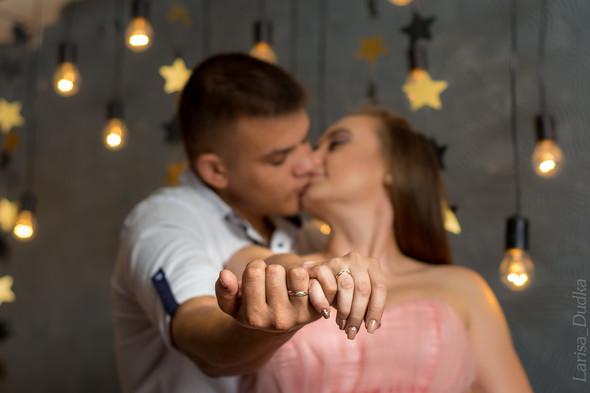 Свадебная фотосессия в студии - фото №10