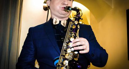 Саксофон на выездную церемонию!