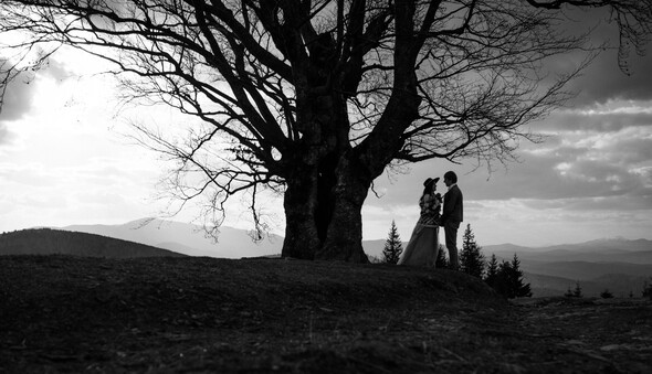 Love in the mountains - фото №16