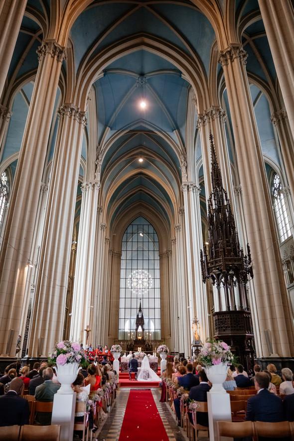 Классическая свадьба в замке. Брюссель, Бельгия - фото №22