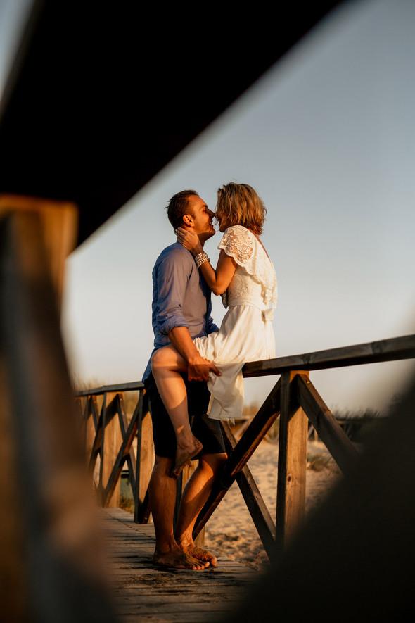 Пляжная послесвадебная съемка и Испании - фото №46